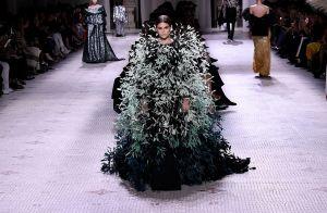 Vestido de festa like a pro: 10 modelos para lá de extravagantes para inspirar