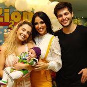 Mini Buzz Lightyear! Jade Seba fantasia filho em festa de 2 meses do 'Toy Story'