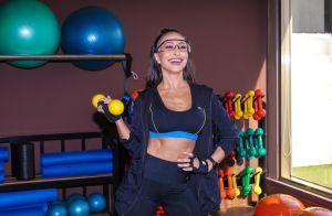 Sabrina Sato, com look fitness, exibe corpo torneado em treino funcional. Fotos!