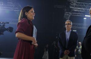 Adriana Esteves surge com cabelo novo para novela 'Amor de Mãe' em evento global