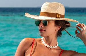 Romana Novais exibe barriga de gravidez em look de academia: 'Alguém dizendo oi'