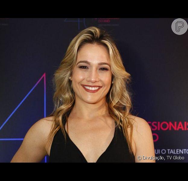 Fernanda Gentil voltou a ficar loira após 6 meses com o cabelo moreno