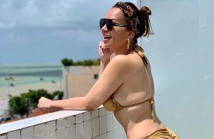Solange Almeida posa de biquíni e tem corpo elogiado em foto: 'Linda sem filtro'