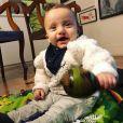 Isabel Hickmann contou que o filho, Chico, não para de sorrir