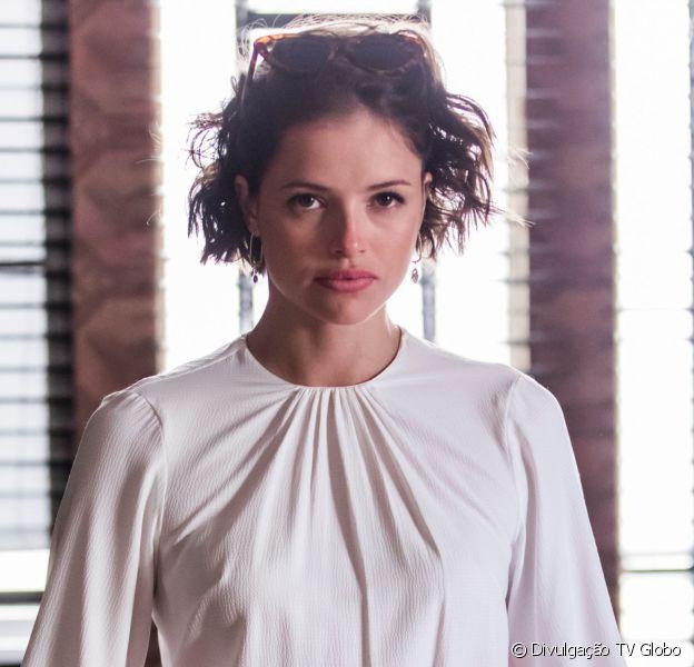 Josiane (Agatha Moreira) fica na miséria e mora nas ruas de São Paulo na novela 'A Dona do Pedaço'