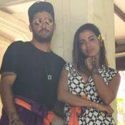 Anitta rompeu namoro com Pedro Scooby pelo telefone. 'Não debati', diz surfista