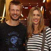Grávida da 1ª filha, Fernanda Lima ganha beijo no barrigão de Rodrigo Hilbert