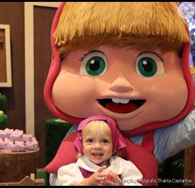 Filha de Eliana foi comparada com a personagem Masha em foto no Instagram