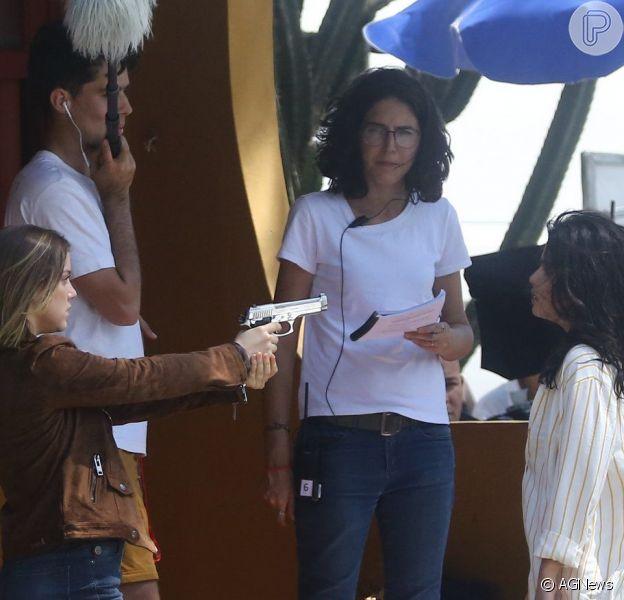 Gravação de 'Órfãos da Terra' tem Dalila armada e embate com Laila. Veja foto feitas nesta terça-feira, dia 17 de novembro de 2019