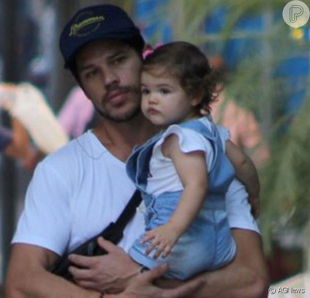 Filha de José Loreto impressiona em foto por semelhança com pai nesta sexta-feira, dia 20 de setembro de 2019