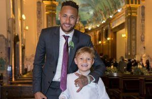 Filho de Neymar, Davi Lucca encanta jogador com irmão caçula no colo. Vídeo!