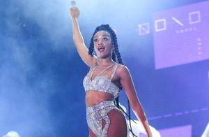 Fã mirim de Iza vibra ao dividir palco com cantora no RiR: 'Divertido'. Vídeos!