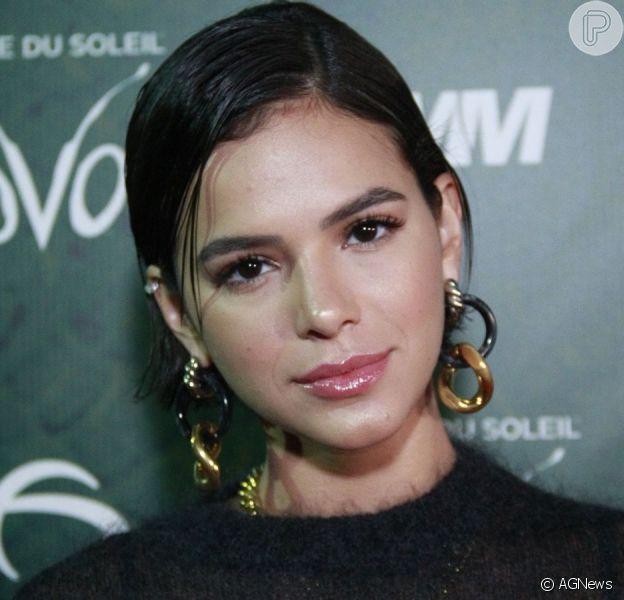 Bruna Marquezine revela ter perdido esperanças com homens no Twitter nesta quinta-feira, dia 03 de outubro de 2019