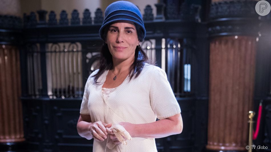 Lola (Gloria Pires) vai optar para a simpatia para fazer a sogra, Marlene (Walderez de Barros) ir embora de sua casa na novela 'Éramos Seis'