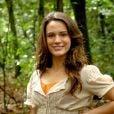 Bianca Bin mudou o cabelo e adotou mega-hair por Nelma Véo para viver Açucena na novela 'Cordel Encantado', em 2011