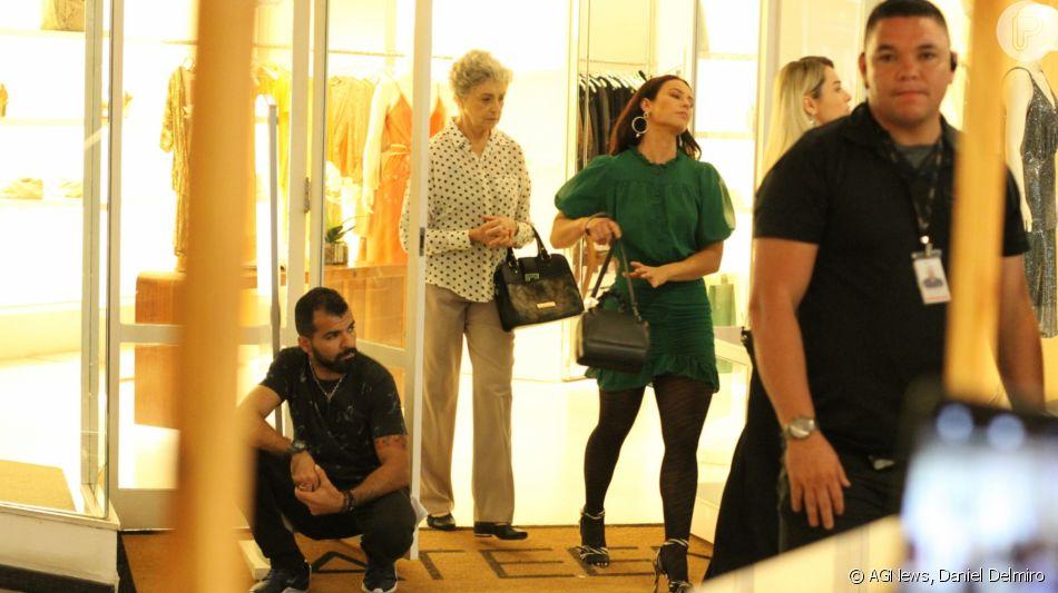 Paolla Oliveira grava novela 'A Dona do Pedaço' no shopping Fashion Mall, no Rio de Janeiro