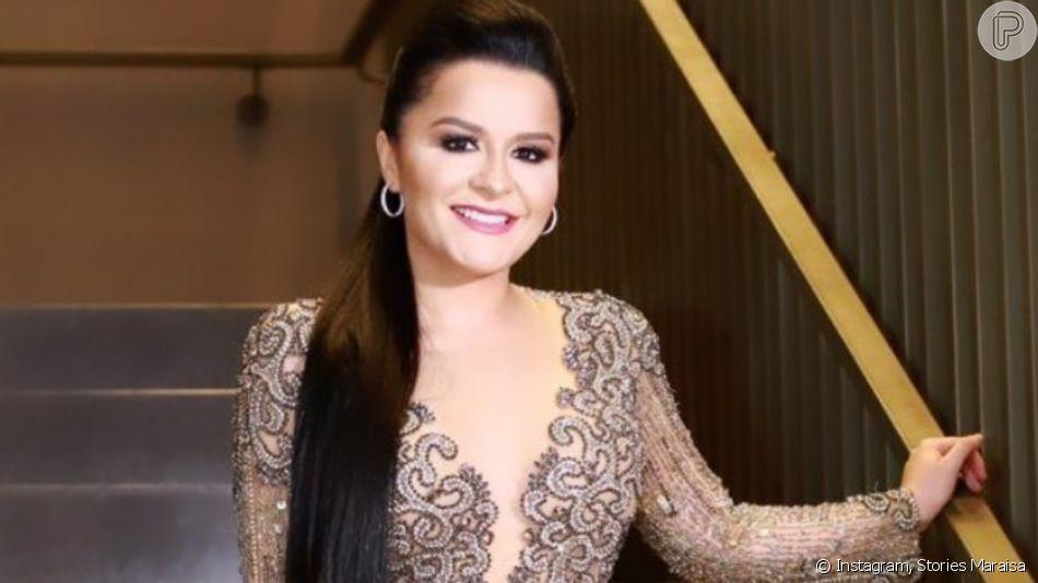 Dupla de Maiara, Maraisa aposta em vestido com superfenda e decote profundo para casamento de Zé Neto nesta terça-feira, dia 05 de novembro de 2019