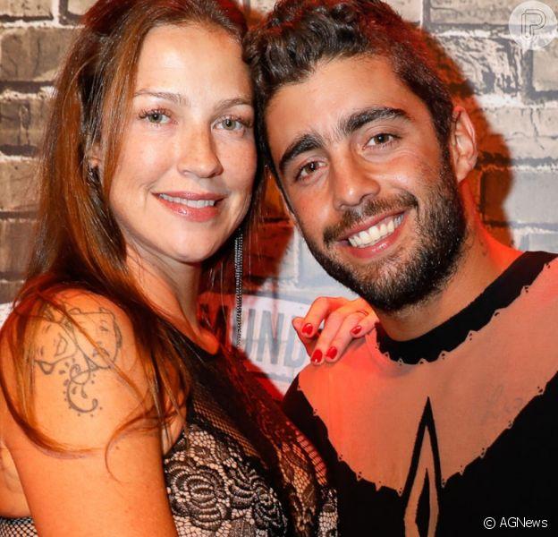 Luana Piovani torce por possível gravidez de Cintia Dicker com Pedro Scooby em publicação nesta quarta-feira, dia 06 de novembro de 2019