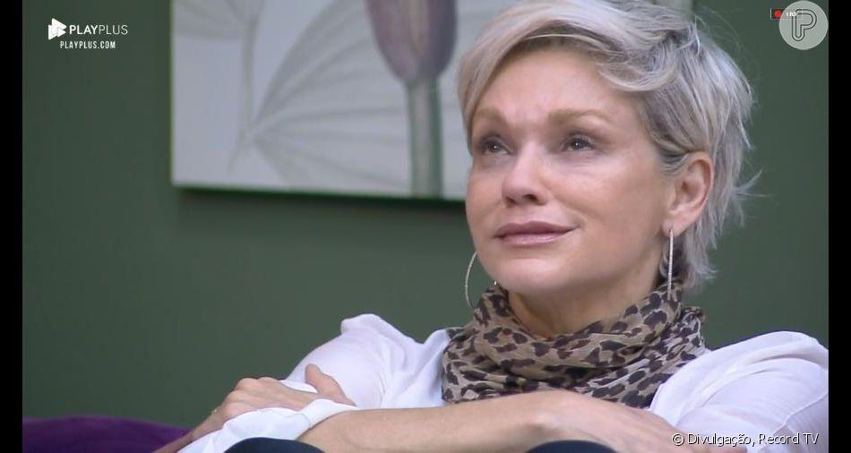 Em 'A Fazenda 11',Andréa deixa jogo e detona Lucas: 'Oco, insuportável e sem higiene'