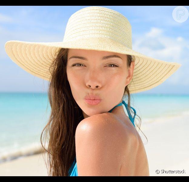 Saiba como cuidar da pele do rosto antes e depois da praia!