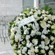 Angélica e Luciano Huck enviaram uma coroa de flores para o velório de Gugu