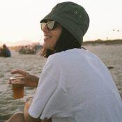 Bruna Marquezine, fora do Brasil, lembra dia na praia com fotos: 'Saudades dói'