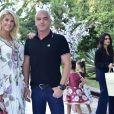 Ana Hickmann posa com o marido, Alexandre Correa