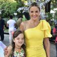 Filha de Sabrina Sato e Duda Nagle, Zoe recebeu Ticiane Pinheiro e Rafaella Justus em sua festa de 1º aniversário