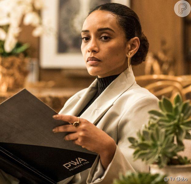 Vitória (Tais Araujo) revela que deu o filho que teve com Raul (Murilo Benício) para Kátia (Vera Holtz) na novela 'Amor de Mãe'