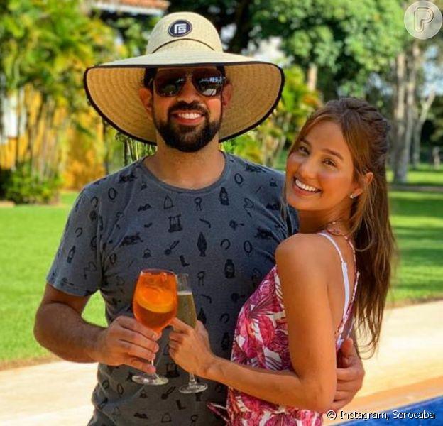 Sorocaba e Biah Rodrigues se casaram no civil em uma celebração intimista neste domingo, 15 de dezembro de 2019