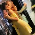 Dupla de Maraisa, Maiara usa vestido amarelo em show neste domingo, 15 de dezembro de 2019