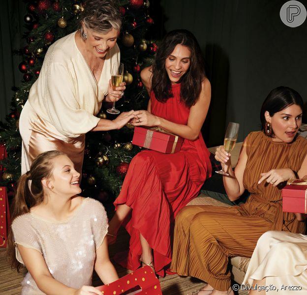 Deixou o presente de Natal para a última hora? Confira 7 opções perfeitas que Arezzo e Purepeople separaram para você!