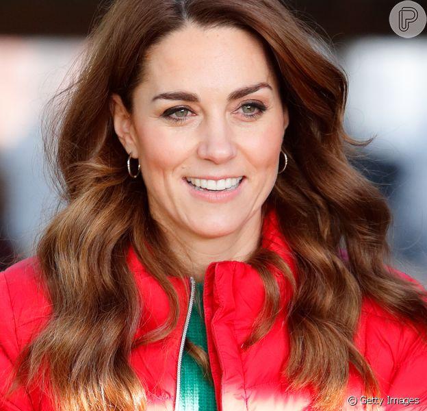 Look de Kate Middleton em cartão de Natal se esgota em menos de 24h. Saiba mais em matéria neste sábado, dia 21 de dezembro de 2019