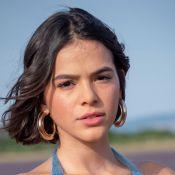 Bruna Marquezine posa de maiô para ensaio sensual e web vibra: 'Deusa'