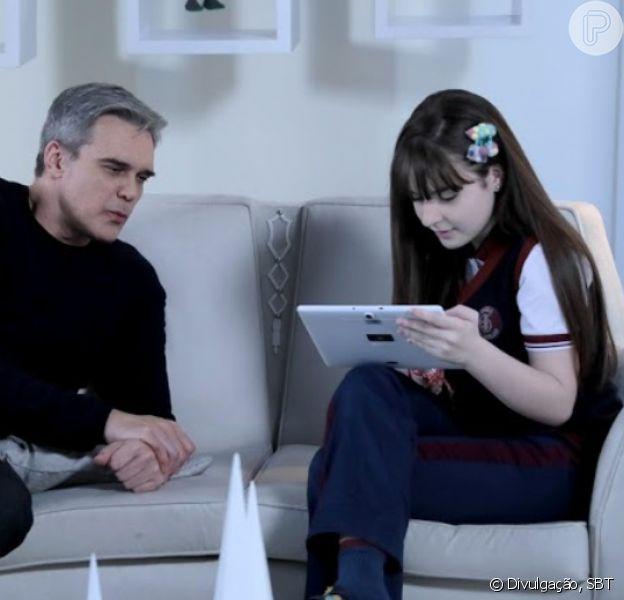 Na novela 'As Aventuras de Poliana', Pendleton (Dalton Vigh) conversa com Poliana (Sophia Valverde) e fala de curiosidades da família dele no capítulo de quinta-feira, 23 de janeiro de 2020