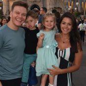 Michel Teló e Thais Fersoza encantam em foto com os filhos na Disney. Veja!