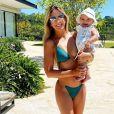 Ticiane Pinheiro mostrou corpo em forma em foto com filha na caçula, Manuella