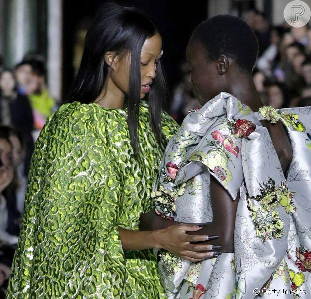 Moda sustentável e empoderada: os highlights dos desfiles do London Fashion Week!