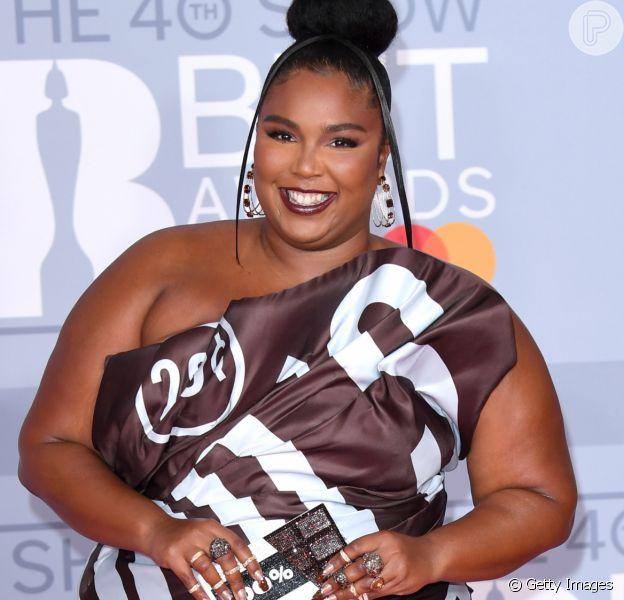 Vestido da moda, transparência e mais trends dos looks do BRIT Awards, realizado nesta terça-feira, dia 18 de fevereiro de 2020