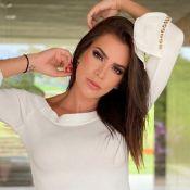 Adriana Sant'Anna adota implante com testosterona e voz diferente chama atenção
