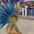 Lexa dançou e sambou muito diante de milhares de fãs.