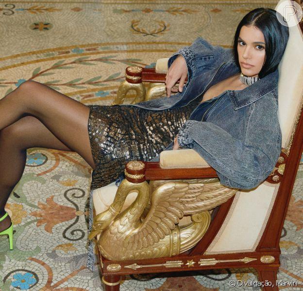 Bruna Marquezine encarnou uma persona sofisticada e fashionista em ensaio fotográfico