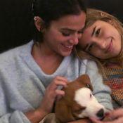Bruna Marquezine brinca com pet resgatado nos EUA em vídeo com irmã, Luana