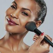 Tudo sobre pincéis de maquiagem: essenciais no nécessaire e dicas para limpeza