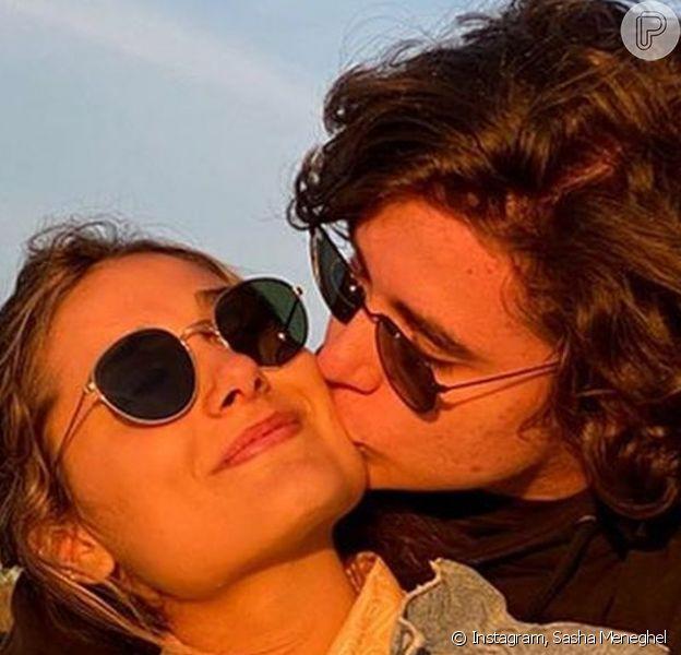 Namorado de Sasha Meneghel, João Figueiredo postou novas fotos com a namorada ao lamentar distância da filha de Xuxa