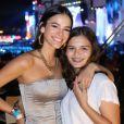 Bruna Marquezine contou ainda que está passando a quarentena com os pais e a irmã, Luana