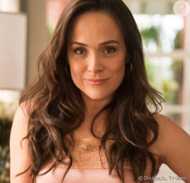 Gabriela Duarte se posiciona após mãe, Regina, deixar Secretaria de Cultura. Confira post feito pela atriz nesta quinta-feira, dia 21 de maio de 2020