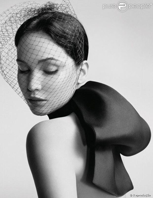 Jennifer Lawrence é garota-propaganda da Dior