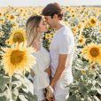 Carol Dias e Kaká revelaram gravidez em post na web na Páscoa