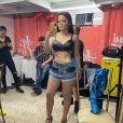 Maraisa compartilhou foto antes de treinar e a barriga seca chamou atenção de fãs